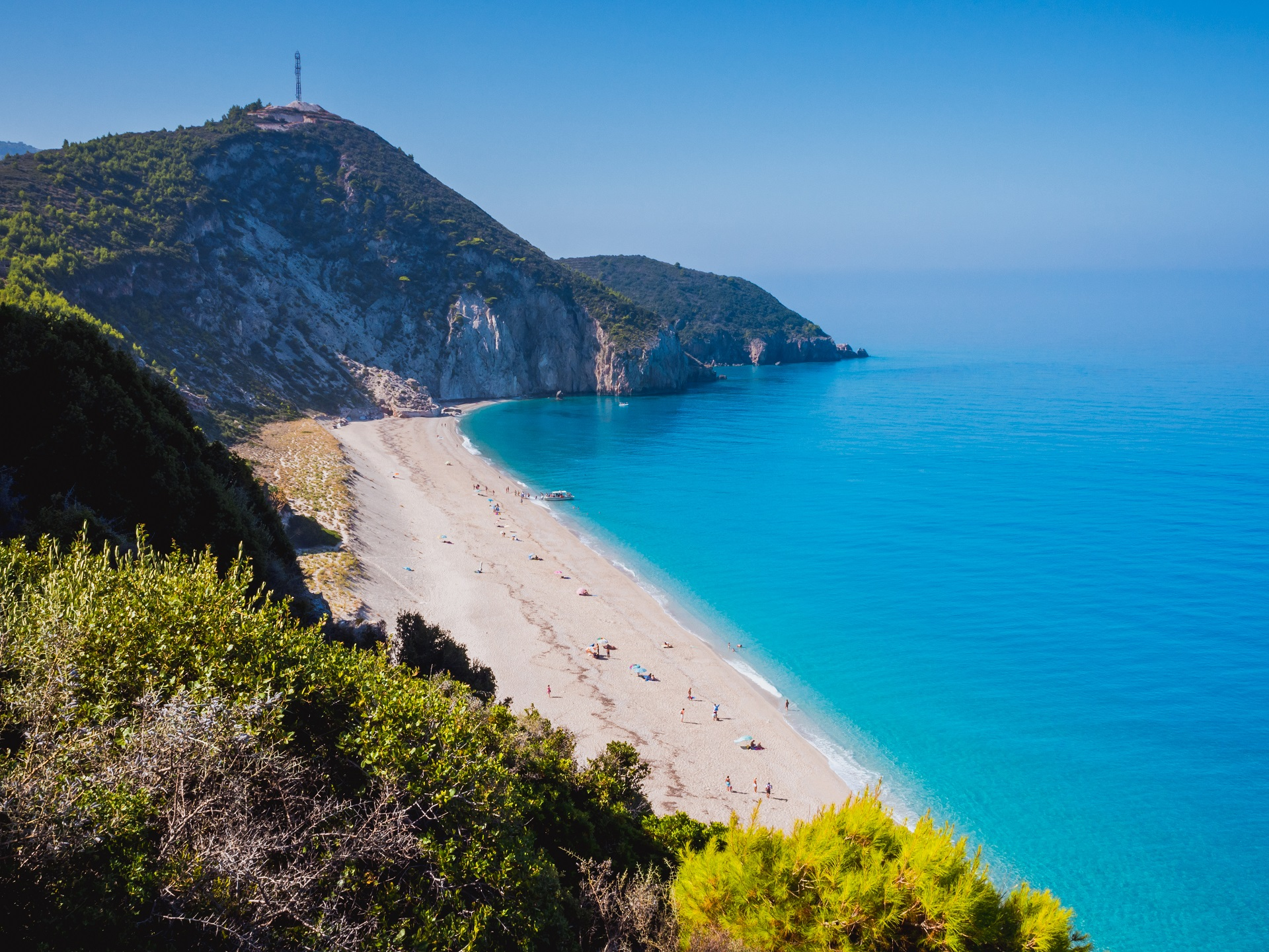 Milos beach - Lefkada - Explore Greece