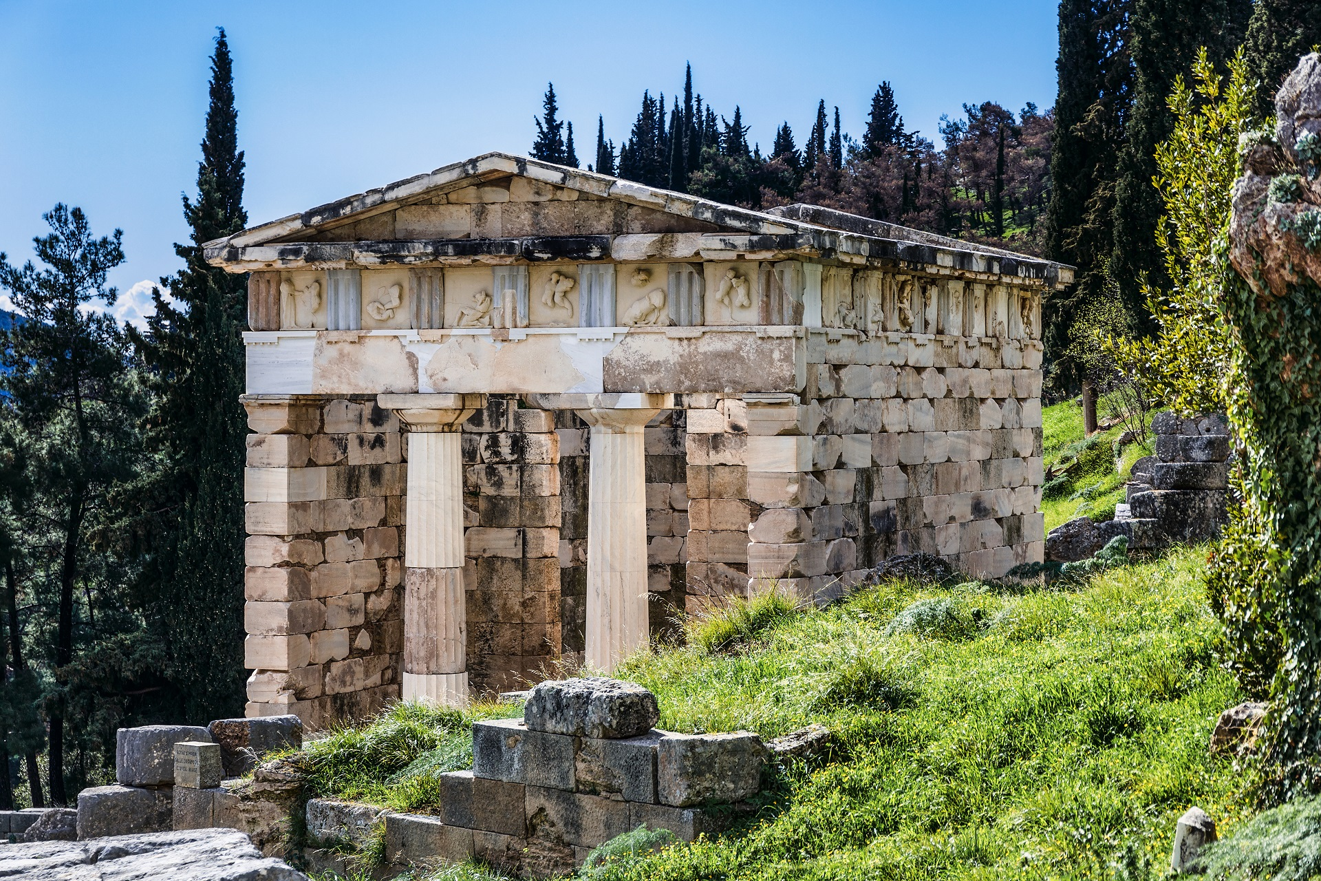 Delphi - Explore Greece - 003