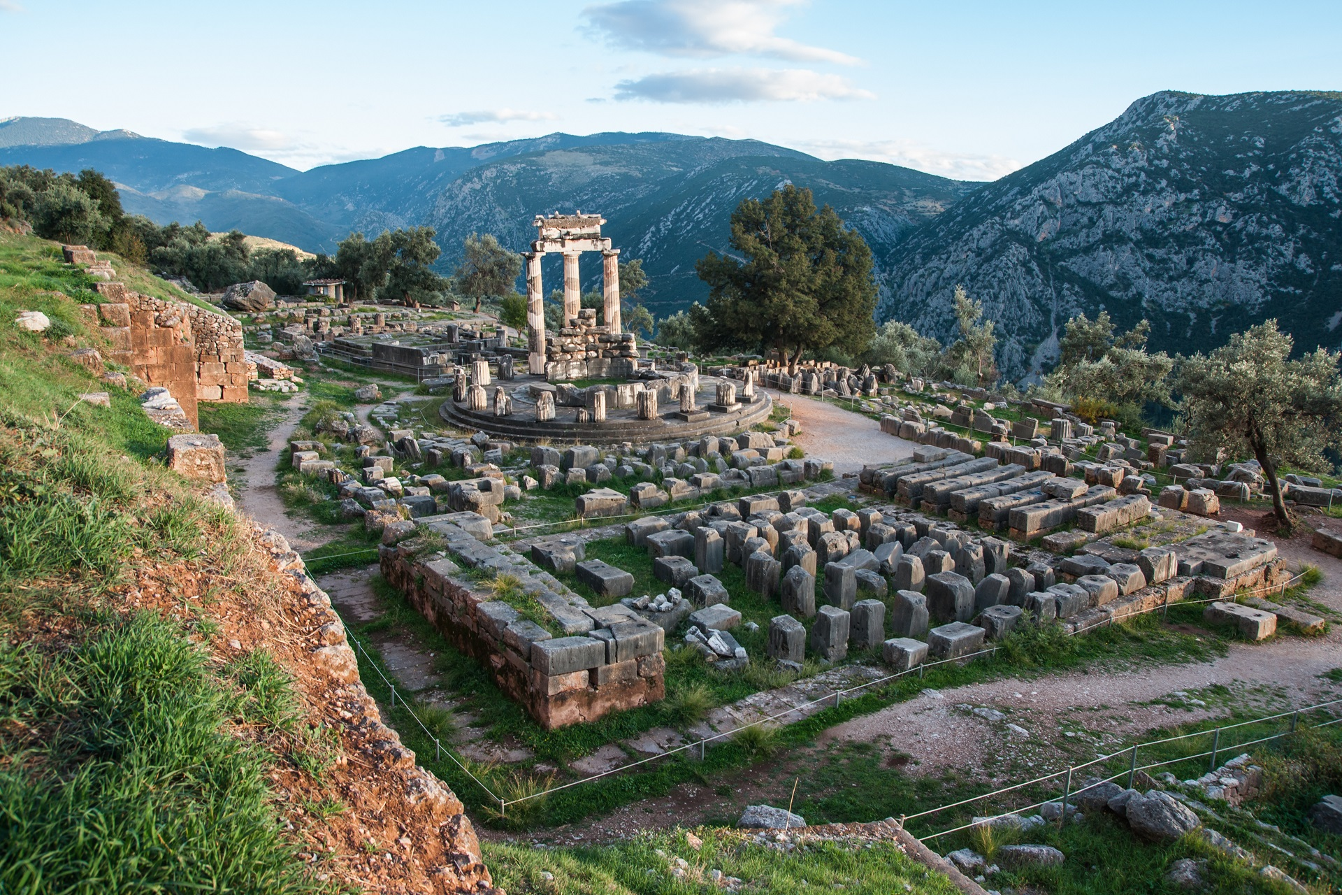 Delphi - Explore Greece - 008